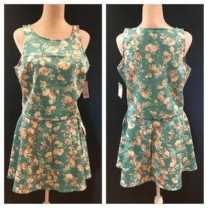 Floral 2 pc. Skirt/top set. NWT. Size XL